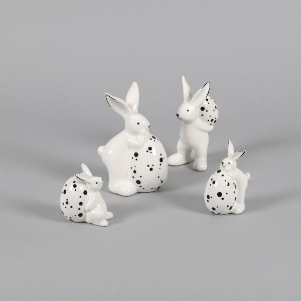 Keramik Hase weiß, 2 Modelle sortiert mit Ei, schwarz gepunktet
