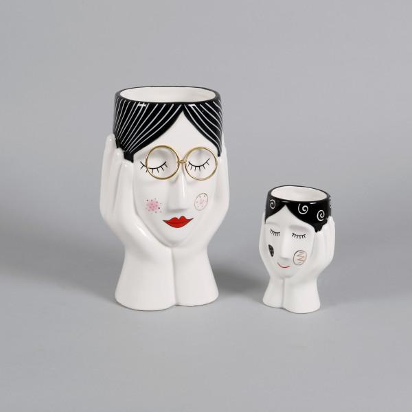 Keramik Pflanz-Kopf Elena Hände an Wange