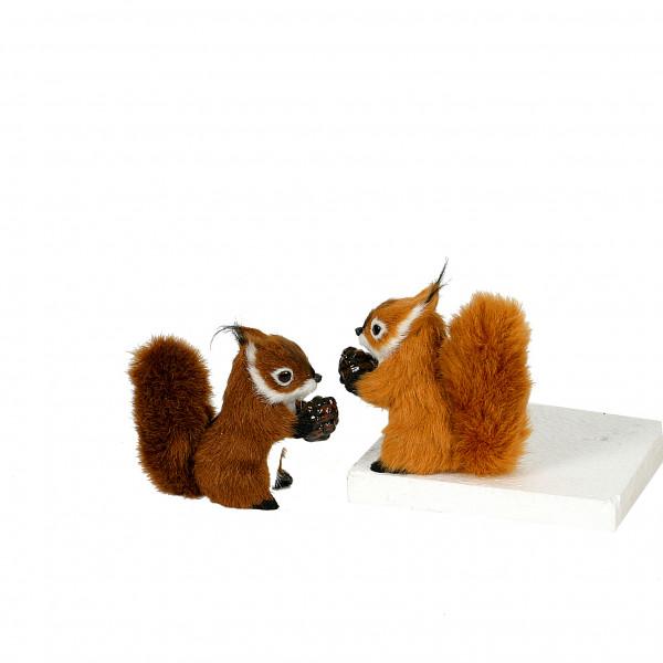 Eichhörnchen mit Nuss,10 cm Plüsch