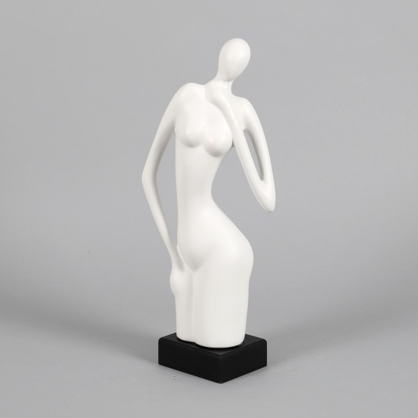 Keramik Deko Lady Juliane matt weiß stehend a.schwarzem Holzsockel,18x9x39cm