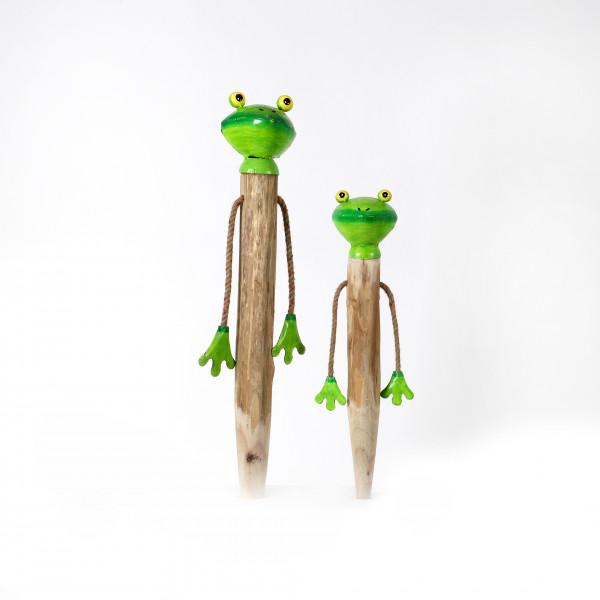 Frosch mit Baumelarmen, Holz-Metall, Erdspiess