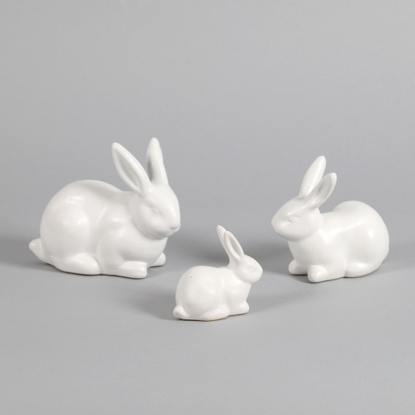 Keramik-Hase liegend
