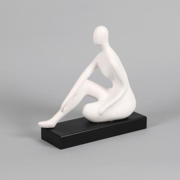 Keramik Deko Lady Charlotta matt weiß auf schwarzem Holzsockel, 31x10x26cm
